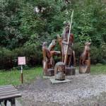 Skulpturen am Weg nach Dierhagen