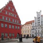 Greifswald, Markt mit Rathaus