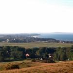Hiddensee, Blick vom Huegel bis zum Strand