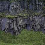 Hólaskjól, Basalt am Bachlauf