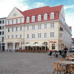 Stralsund, Markt mit Touristinfo