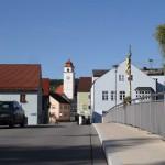 Dollnstein, Pfarrhaus und Kirche