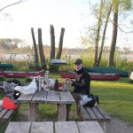 Abendbrot im Kanu-Camp