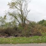 Reste der Verwüstung durch den Tornado