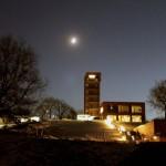 Akademie im Mondschein