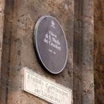 Schild  an der Kirche Santa Ninfa Crociferi